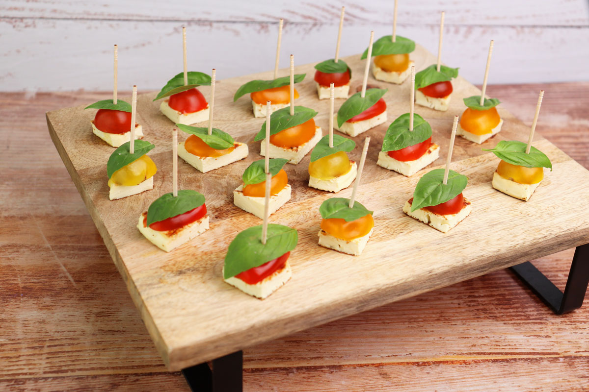 Tomato & Cheese Appetizer